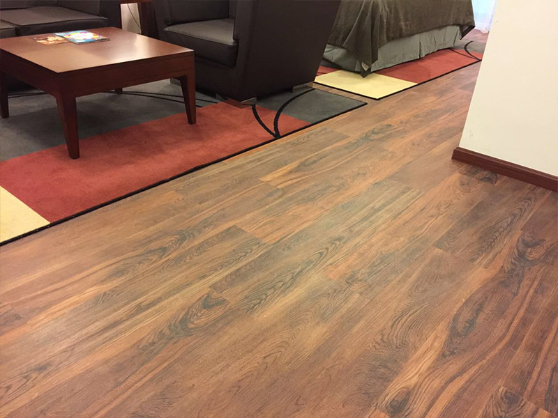 Lvt flooring carpet vidalondon for Luxury laminate